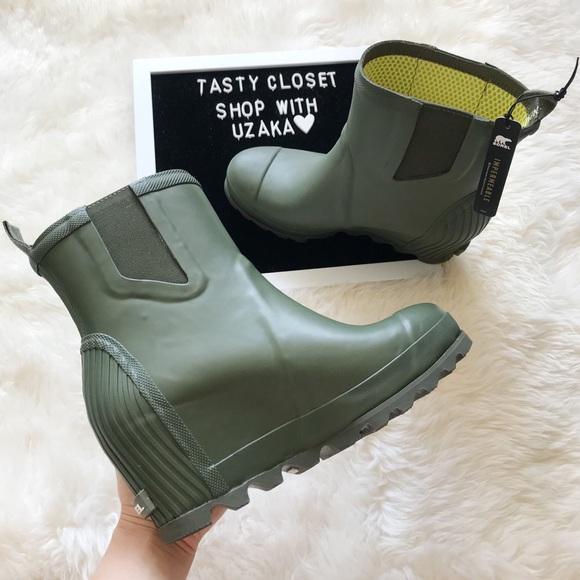 0202f961fe0 Sorel Joan rain wedge chelsea boots